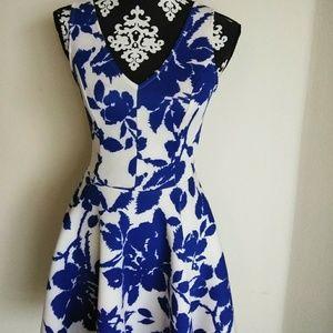 Aqua From Bloomingdale's $125 NWT Scuba Dress M